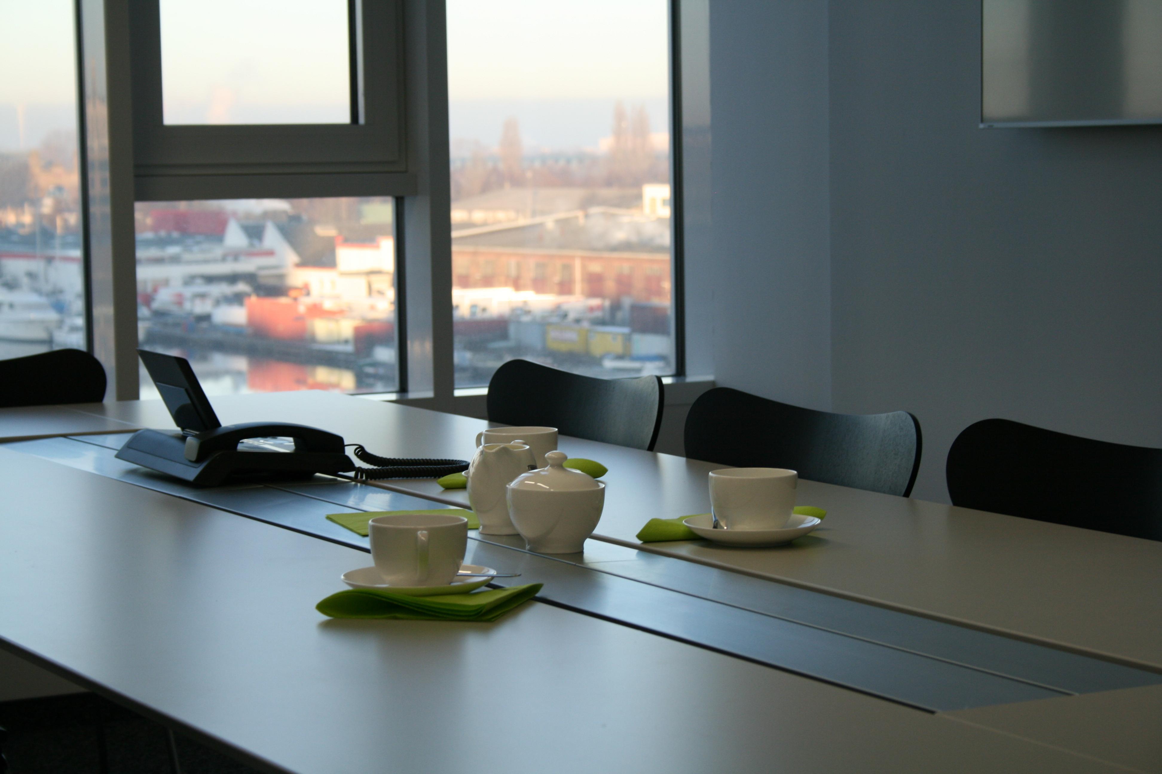 Herzlich Willkommen im neuem Bürostandort Hafen Kontor Channel Hamburg
